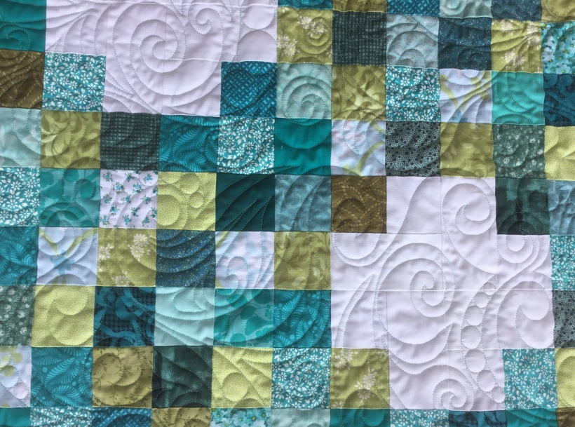 Daisy Chain quilted with Statler Rapunzel
